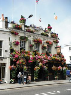 The Churchill Arms Pub in Notting Hill, London. The best Thai food you will ever eat!