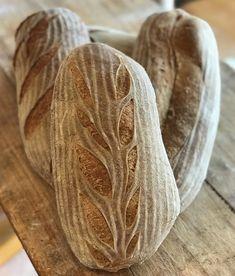Pain de campagne - Breadbull - posted by www. Bread Rolls, Bread Baking, Buffet, Food, Country Bread, Breads, Bakken, Baking, Rolls