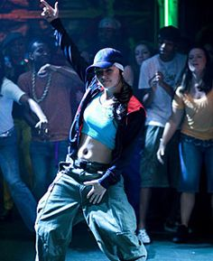 Step up the streets, featuring Briana Evigan. Step Up Dance, Just Dance, Hip Hop Outfits, Dance Outfits, Best Dance Movies, Poses, Step Up 3, Briana Evigan, Dancehall Videos