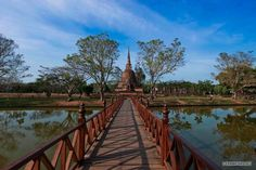 A Sinhalese-style chedi at Wat Sa Si. Sukhothai, Thailand's ancient capital.
