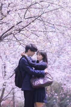 Nhi 🍑 Korean Couple, Best Couple, Couple Goals Relationships, Good To See You, Ulzzang Couple, Couple Outfits, Japan Girl, Cute Wallpapers, Kpop Girls