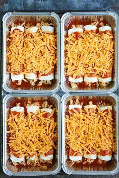 Freezer Chicken Enchiladas - Freezer Friendly Meals - Freezer Chicken Enchiladas – Simply assemble your enchiladas ahead of time and freeze. IT GOES ST - Freezable Meals, Chicken Freezer Meals, Freezer Friendly Meals, Make Ahead Freezer Meals, Freezer Cooking, Quick Meals, Cooking Recipes, Freezer Recipes, Cooking Tips