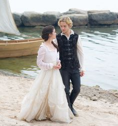"""Reign -- """"In A Clearing"""" -- Image Number: -- Pictured (L-R): Adelaide Kane as Mary, Queen of Scotland and France and Toby Regbo as King Francis II -- Photo: Sven Frenzel/The CW -- © 2015 The CW Network, LLC. All rights reserved. Mary Stuart, Adelaide Kane, Mary Queen Of Scots, Queen Mary, The Cw, Smallville, Gossip Girl, Serie Reign, Isabel Tudor"""
