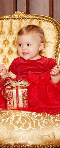 Adorable Holiday Party Dress! LOREDANA Baby Girls Red Velvet & Tulle Party Dress.  #kidsfashion #dress #baby #christmas #holiday
