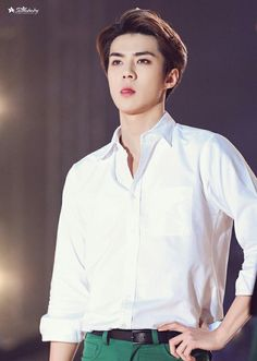 EXO Sehun - please keep your tongue in your mouth man..we're basically DYING here!!!