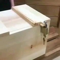 Unique Woodworking, Woodworking Logo, Easy Woodworking Projects, Popular Woodworking, Woodworking Techniques, Woodworking Plans, Woodworking Joints, Woodworking Magazine, Small Wood Projects