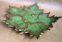 Autumn's winds Five Leaf Platter von dgordon auf Etsy