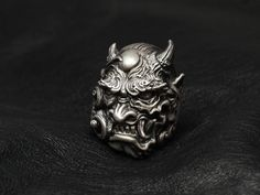Lunatic Nights | Rakuten Global Market: Dual Flow [怒神 Ring] (silver accessory / Silver925 / ring /skull ring)