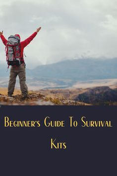 Never go into the outdoors without the 10 essentials of hiking or the 10Cs of survival. Learn what these are in this article. Diy Camping, Tent Camping, Camping Gear, Camping Hacks, Outdoor Camping, 10 Essentials, Camping Essentials, Camping Products, Camping Supplies