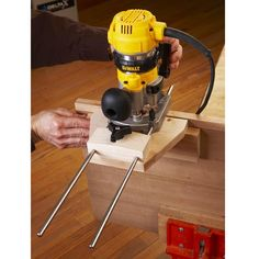 Dual-Purpose Router Edge Guide — Build this edge guide to help you accurately rout dadoes, grooves, and rabbets. With the addition of a fence, this versatile jig also assists you in cleanly trimming edging flush to the face of a panel. http://www.woodstore.net/duroedgu.html
