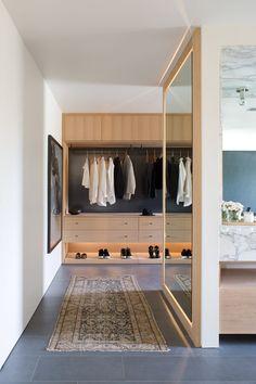 24 Trendy apartment walk in closet decor dressing rooms Walk In Closet Design, Bedroom Closet Design, Closet Designs, Home Bedroom, Design Of Wardrobe, Master Closet Layout, Closet Mirror, Full Length Mirror Closet, Wardrobe Room