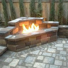 Paving Patio Designs For A Stunning Residence – Outdoor Patio Decor Outdoor Fireplace Patio, Fire Pit Backyard, Outdoor Fireplaces, Outside Fire Pits, Cool Fire Pits, Backyard Patio Designs, Backyard Landscaping, Backyard Makeover, Backyard Retreat