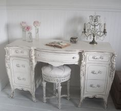 Full Bloom Cottage: French Furniture