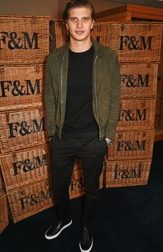 Toby Huntington-Whiteley Wears Reiss To London Fashion Week: Men's - REISS Fashion Blog