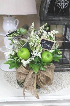 DIY Spring Birdhouse Arrangement love the green apples, white flowers & burlap Fake Flowers, Diy Flowers, Spring Flowers, Beautiful Flowers, Flower Diy, Flower Ideas, White Flowers, Deco Floral, Arte Floral
