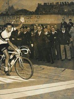 Giro di Lombardia 1965, 16 ottobre. Tommy Simpson (1937-1967)