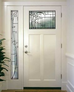 Google Image Result for http://www.oldhouseonline.com/wp-content/uploads/2010/07/OPENER-Simpson-with-sidelight.jpg
