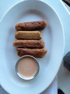 More puertorrican food:  meet Alcapurrias.  Yummy!!