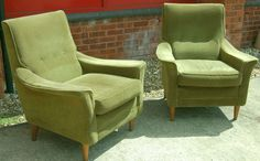 1960s Vintage Retro Green Velour Cintique 2 Two Armchairs Lounge Chairs Suite