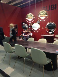 Bettle chairs, Moon Table e as novas luminarias // GUBI. Stockholm Furniture Fair 2016
