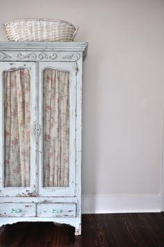 chippy armoire, fabric, metal screening- love this Shabby Chic Bedrooms, Shabby Chic Homes, Shabby Chic Style, Shabby Chic Furniture, Painted Furniture, Cottage Chic, Cottage Style, Armoire, Linen Storage