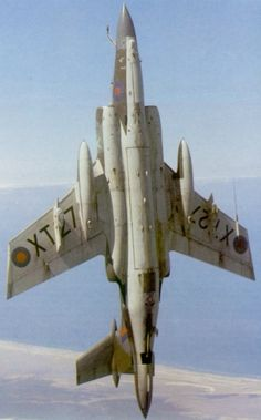 Blackburn Buccaneer going vertical. Air Force Aircraft, Fighter Aircraft, Fighter Jets, Military Jets, Military Aircraft, Blackburn Buccaneer, War Jet, South African Air Force, Bomber Plane