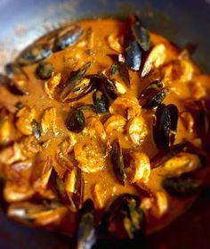 Shrimp & Mussels in a Spicy Merlot marinara sauce