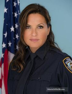 Detective Sergeant Olivia Benson of the N.'s Special Victims Unit. Olivia Benson, Female Actresses, Actors & Actresses, New York Unité Spéciale, Benson And Stabler, Elite Squad, Mariska Hargitay, Law And Order, Woman Crush