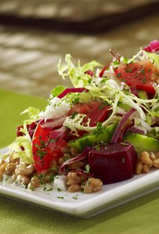 Santorini Farro Salad Recipe (recreated from Cheesecake Factory's new SkinnyLicious™ menu, under 480 cals ) Had this the other night and was SO YUMMY!