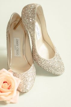 sparkly jimmy choo wedding shoes | Photography: Idalia Photography