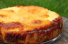 This Azorean pineapple cake (bolo da ananas) recipe is very easy to make and is delicious.