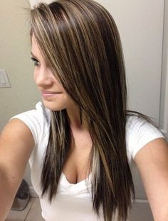 Trendy hair color highlights and lowlights brown lighter ideas Brunette Hair With Highlights, Brown Blonde Hair, Hair Color Highlights, Dark Hair, Brown Highlights, Ashy Blonde, Blonde Tips, White Blonde, Hair Color And Cut