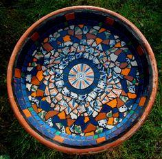 Bird Feeding Station, Mosaic Garden Art, Bird Feeders, Water Fountains, Mosaics, Outdoor Decor, Table, Home Decor, Water Sources