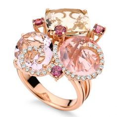 Mumbai Lavanda collection, ring in pink gold with white diamonds, rose de France amethyst, pink quartz, champagne topaz and rhodolite by Brumani