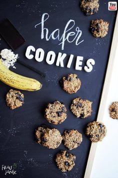 Gesunde Frühstücks Cookies aus 4 Zutaten- blitzschnell gemacht, ohne Zucker & Butter …. schnelle Kekse, mit Banene und Haferflocken #cookies #kekse #haferkekse #gesundekekse #keksefürkinder #kekseohnezucker #ohnezucker #zuckerfrei #schokokekse #schokocookies #haferflocken #bananenkekse #babykekse #frühstückskekse #vegan #cleaneating #fraujanik