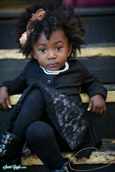20 Photos of Adorable Little Black Girls That Will Set Your Ovaries on Fire Black Is Beautiful, Black Love, Beautiful Children, Beautiful Babies, Afro, Divas, Queen Hair, Girl Short Hair, Black Kids