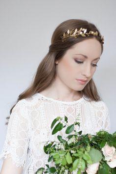 Delicate Leaf Tiara, Gold Tiara, Leaf Halo, Gold Leaf Headpiece, leaf crown…