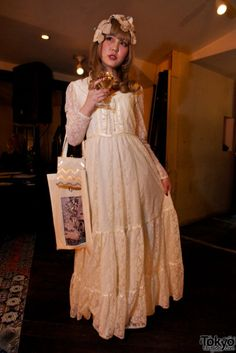 I want this. So bad. I would wear it everywhere-with a suitable variety of corsets, of course!