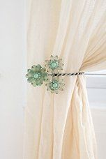 Urban Outfitters - Triple Beaded Flower Curtain Tie-Back