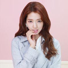 Park Shin Hye brings out her feminine charms as the new model for 'Roem' Park Shin Hye, Flower Boy Next Door, Flower Boys, Jung Yong Hwa, Gwangju, Korean Actresses, Korean Actors, Korean Celebrities, Celebs