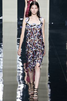look 7 - Christopher Kane Spring 2015 Ready-to-Wear - Collection - Gallery - Look 1 - Style.com
