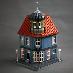 Casa Lego, Lego Winter Village, Lego Architecture, Classic Architecture, Lego Modular, Lego Construction, Tower House, Lego Storage, Lego Worlds