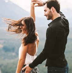 desiree hartsock chris siegfried engagement shot dancing. love them.