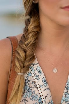 Fishtail braid - Gal Meets Glam