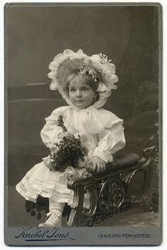 ::::::::: Vintage Photograph :::::::: Sweet Girl (1865-1935) , Szombathely, Hungary
