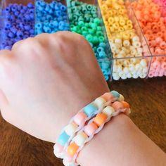Diy Crafts To Do, Diy Crafts Hacks, Diy Crafts Jewelry, Bracelet Crafts, Tape Crafts, Diys, Diy Bracelets Patterns, Diy Bracelets Easy, Bracelet Tutorial