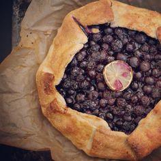 Rustic Blueberry Pie