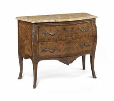 A FRENCH ORMOLU-MOUNTED TULIPWOOD AND MARQUETRY COMMODE -  LATE 19TH CENTURY