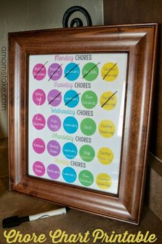 Weekly chore chart - free printable planner to keep you on task! Add it to your home management binder or frame it and easily check off your family responsibilities, a great chart for adults! Includes a pre-filled and blank chart. Weekly Chore Charts, Family Chore Charts, Weekly Chores, Chore Chart Kids, Weekly Cleaning, Adult Chore Chart, Roommate Chore Chart, Printable Chore Chart, Printable Planner