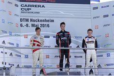 Porsche Carrera Cup Deutschland, Lauf 4, Hockenheim Den vierten Lauf des Porsche Carrera Cup Deutschland gewann der Schweizer Jeffrey Schmidt. Auf dem Hockenheimring Baden-Württemberg verwies der 22-jährige Pilot am Sonntag Christian Engelhart (D/MRS GT-Racing) und Porsche-Junior Dennis Olsen (N/Team Lechner..